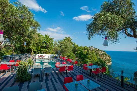 Εστιατόριο Cafe Club στην Πάργα Med Parga