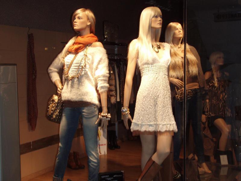 Γυναικεία ρούχα Aξεσουάρ στην Γλυφάδα Camorra 7be32d64009
